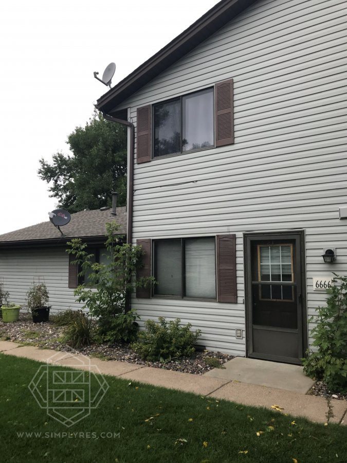 property_image - Townhouse for rent in Brooklyn Park, MN